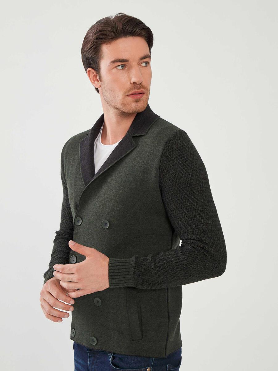 Düğmeli Yünlü Triko Ceket