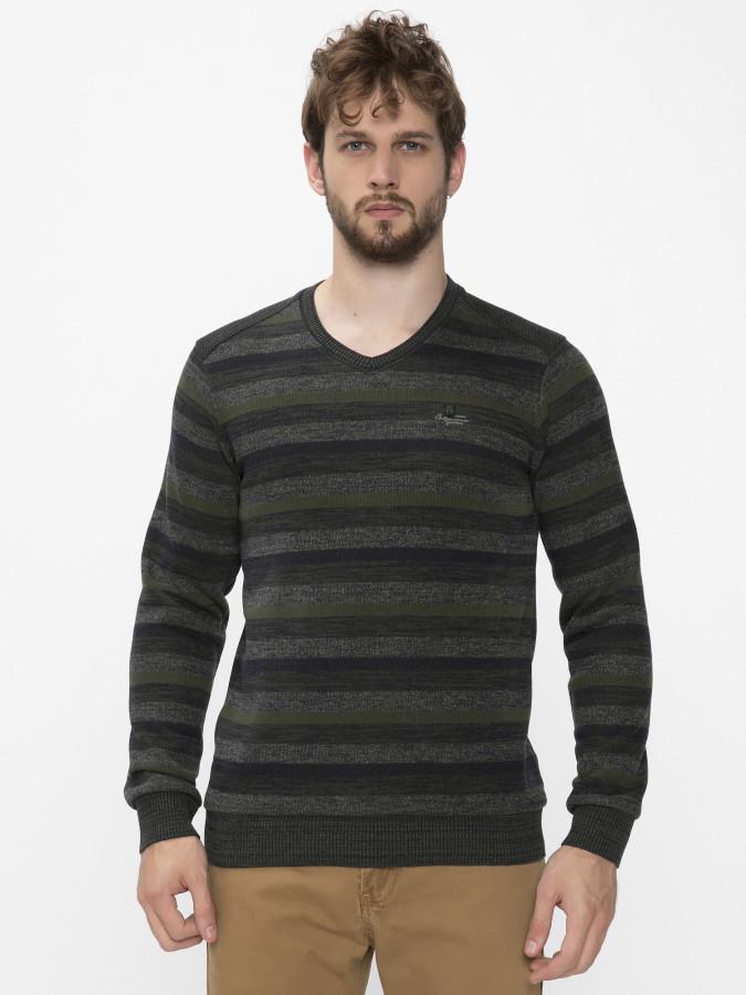 MCL - MCL V Yaka Sweatshirt (1)