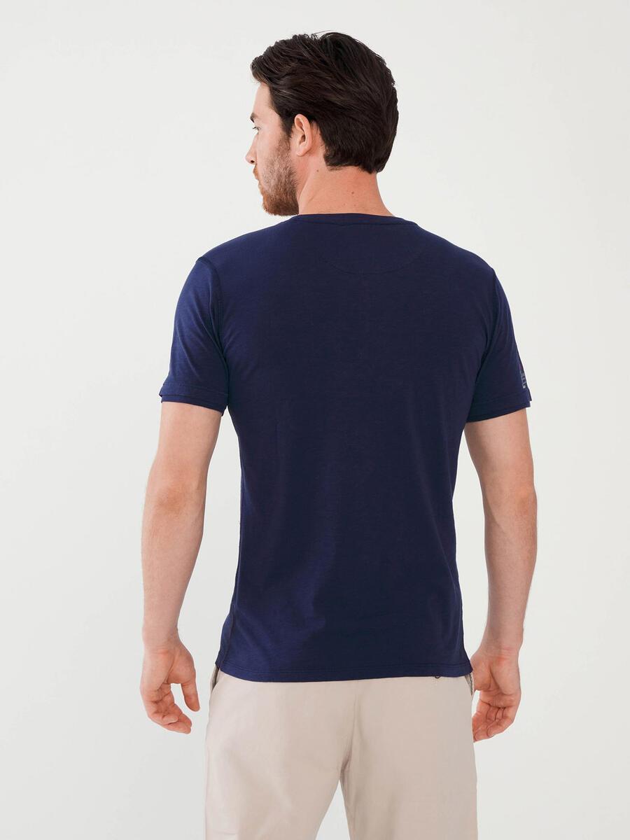 Patlı Yaka %100 Pamuk Slim Fit Baskılı Tişört