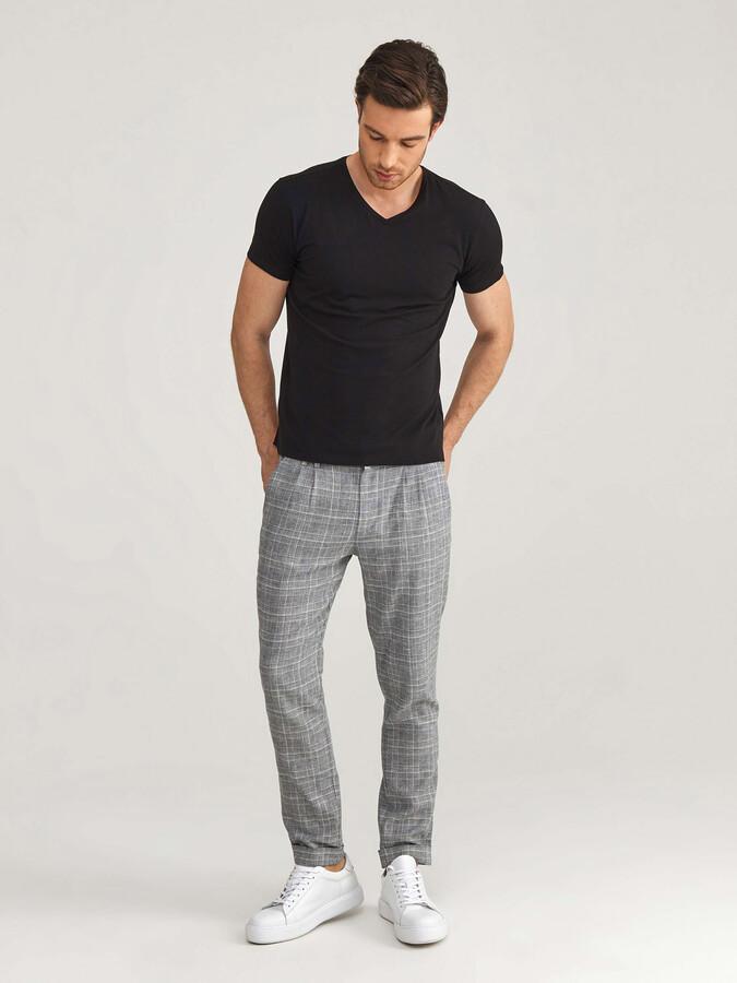 V Yaka Modal Slim Fit Basic Tişört