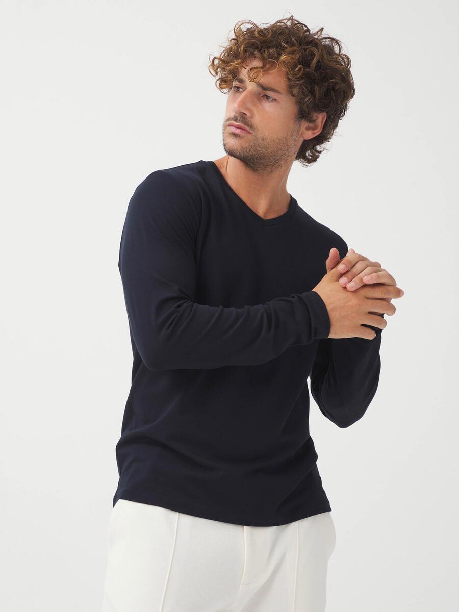 V Yaka Pamuklu Slim Fit Basic Uzun Kollu Tişört