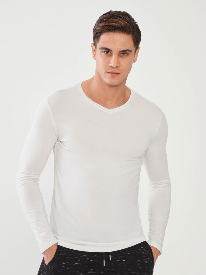 V Yaka Pamuklu Uzun Kollu Slim Fit Basic Tişört