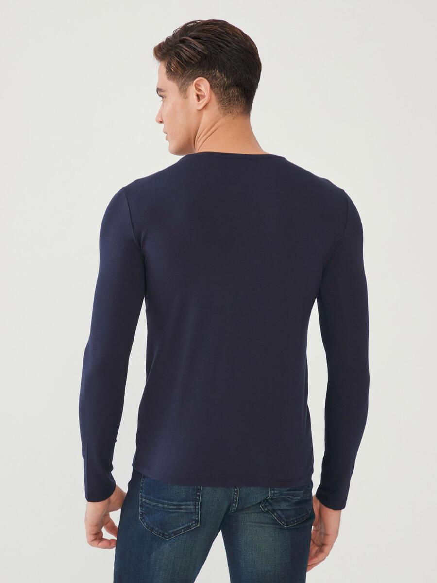 V Yaka Pamuklu Uzun Kollu Slim Fit Basic Büyük Beden Tişört
