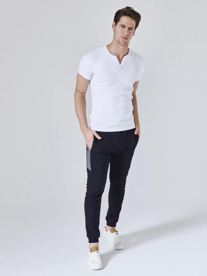 XINT - Xint Patlı Yaka Basic Tişört