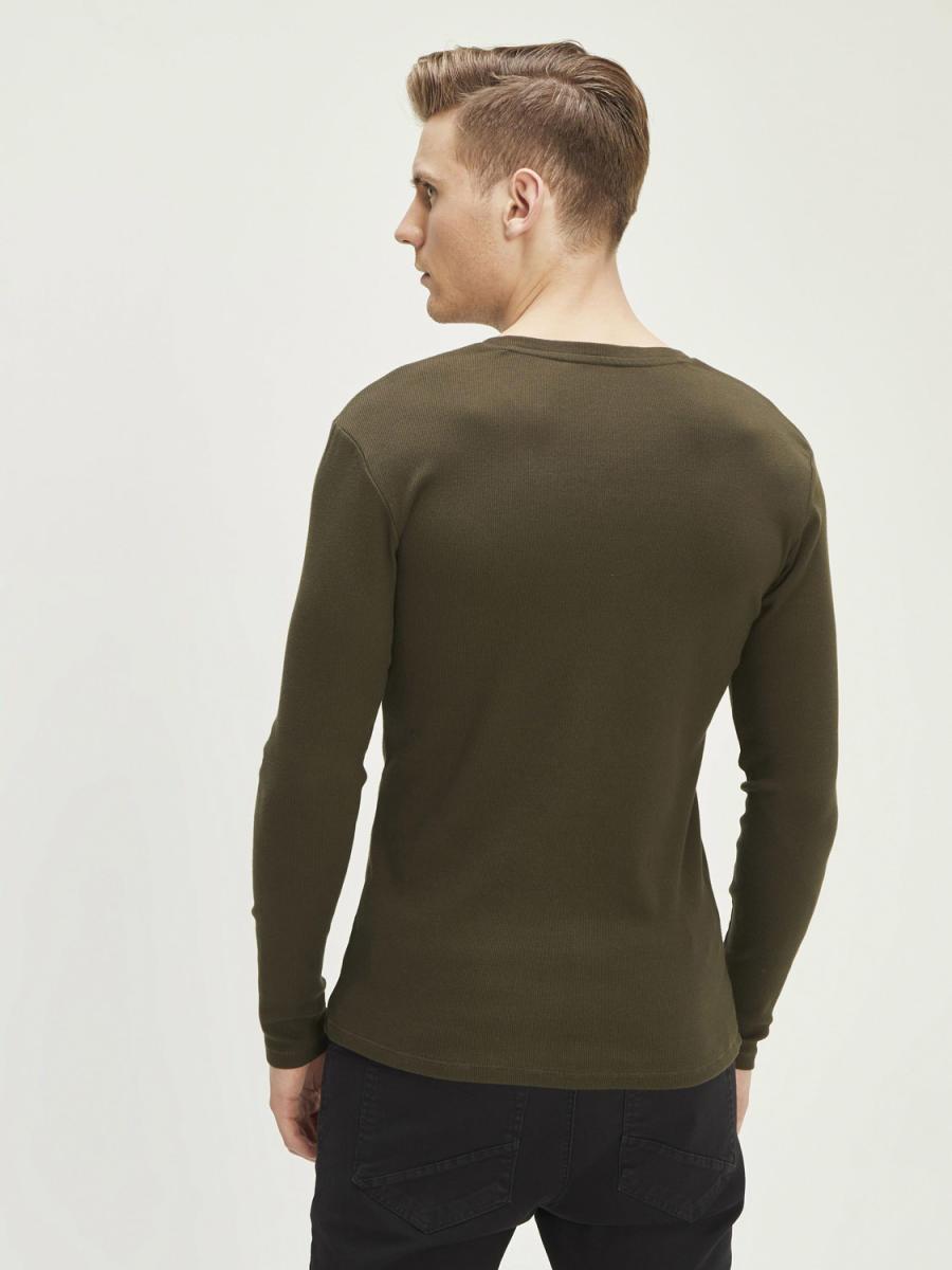 Patlı Yaka Pamuklu Uzun Kollu Basic Tişört