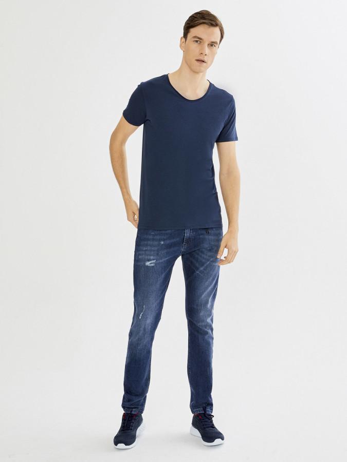 XINT - Xint V Yaka Basic Tişört (1)