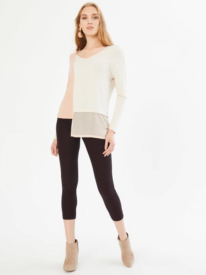 XINT - Xint V Yaka İki Renk Kombinli Eteği Garnili Bluz (1)