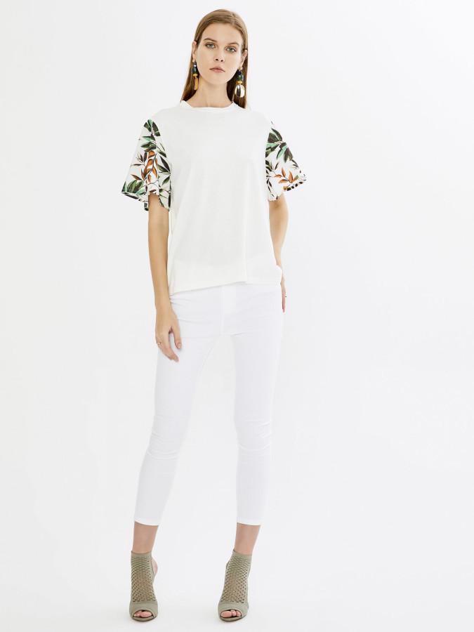 XINT - Xint Yuvarlak Yaka Kolları Volanlı Desenli Bluz (1)