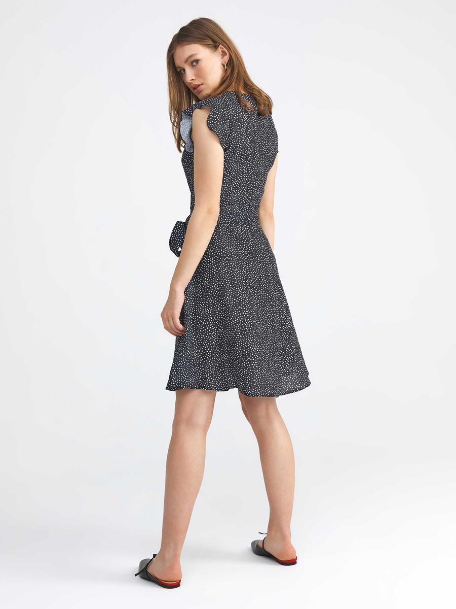 V Yaka Rahat Kesim Ön Bağlamalı Pamuklu Elbise
