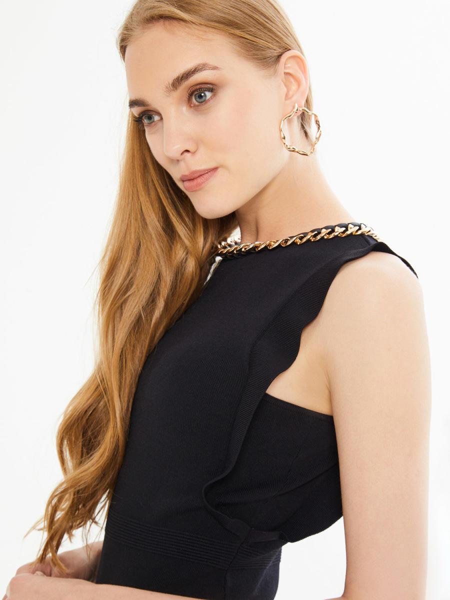 Xint Yakası Zincir Detaylı Kolsuz Triko Elbise