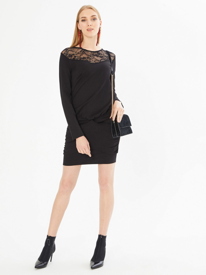 XINT - Xint Yuvarlak Yaka Robası Dantelli Büzgülü Elbise