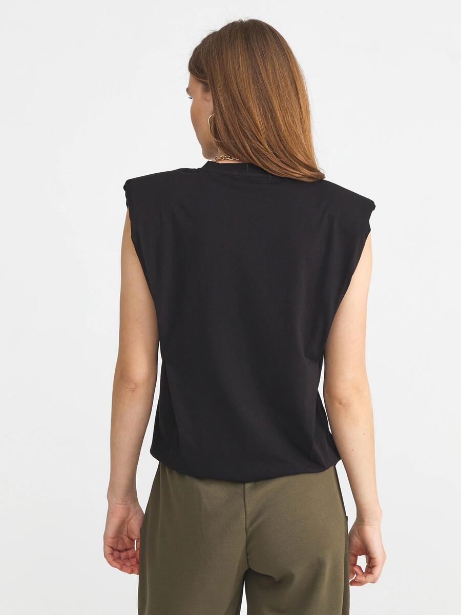 %100 Pamuk Rahat Kesim Vatkalı Tişört