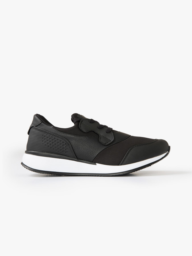 XINT - Xint Kalın Tabanlı Bağcıklı Siyah Renk Spor Ayakkabı